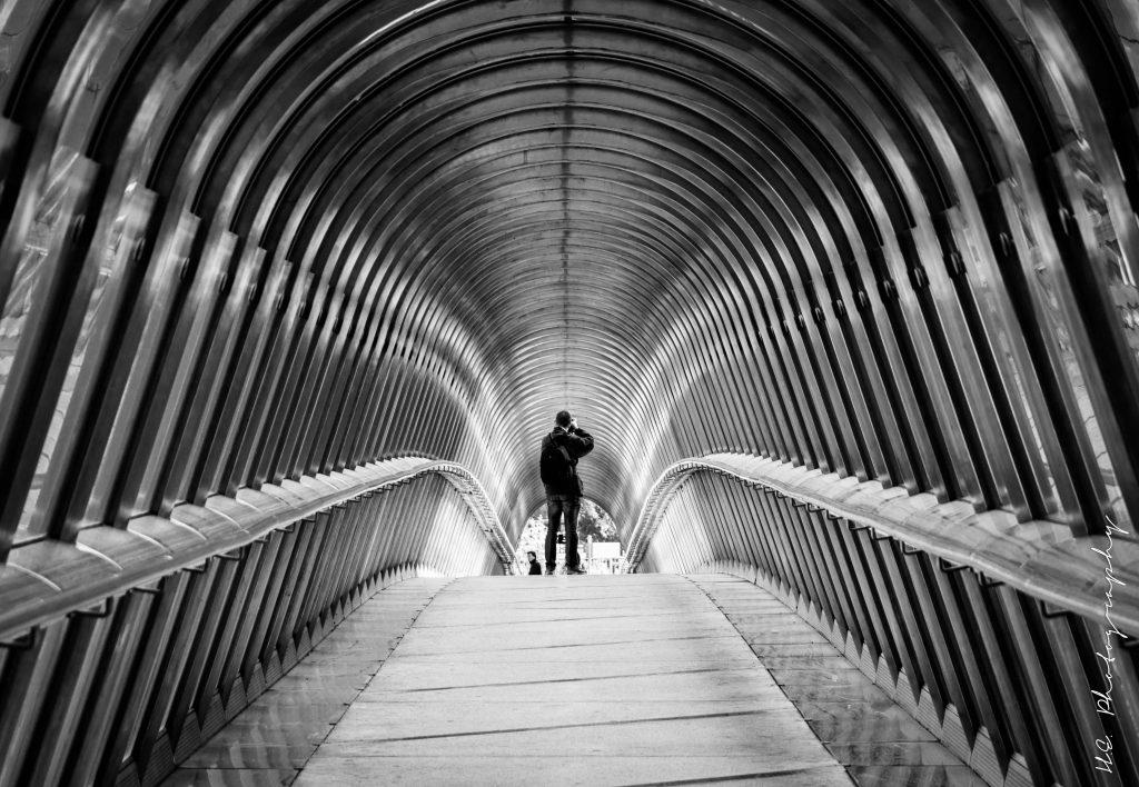 Japan bridge - La Défense - Paris